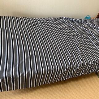 【今なら0円!】シングルサイズのベッド、お譲りいたします!…