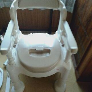 介護用品ポータブルトイレ