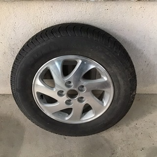 テリオスキッド用スペアタイヤ