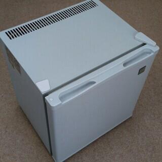 ペルチェ式電子冷蔵庫「冷庫さんcute」SR -R2001