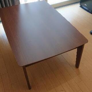 お洒落なローテーブル(コタツ付き)の画像
