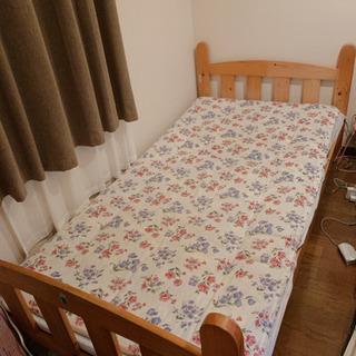 無料です!組み立てシングルベッド と 敷き布団2枚