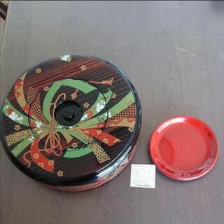 漆器の寿司桶とお皿のセット 未使用品
