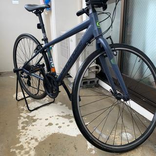 使用1年未満タイヤカスタム済クロスバイク