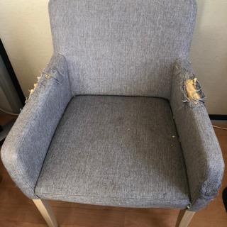 椅子二脚 直せる方、差し上げます。