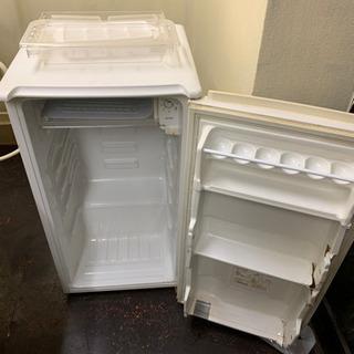 小型冷蔵庫2つ