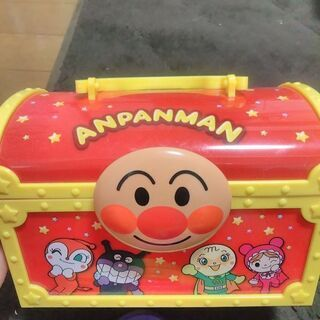 使用品アンパンマンの箱(幅22x奥行13x高さ15)