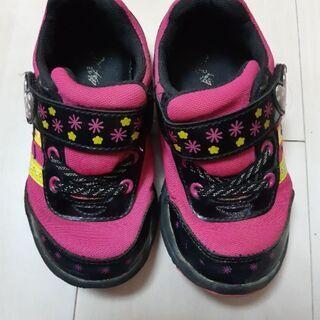 運動靴15センチ