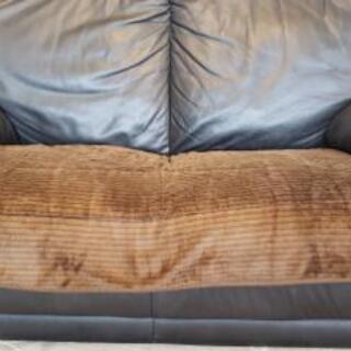 【終了】無料 イタリア製革のソファー お引き取りに来れる方限定