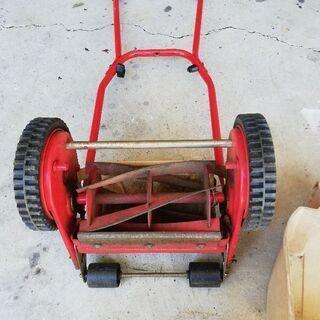手動式芝刈機