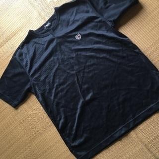082 黒キーネックシャツ