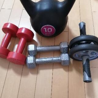 ケトルダンベル 腹筋ローラー 鉄アレイ2kgと1kgセット