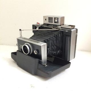 ポラロイド 社のインスタントカメラ