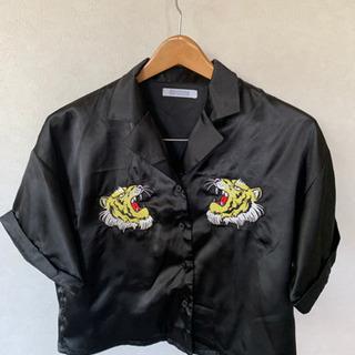 SPINNS ジャケット 黒×Tiger FREE