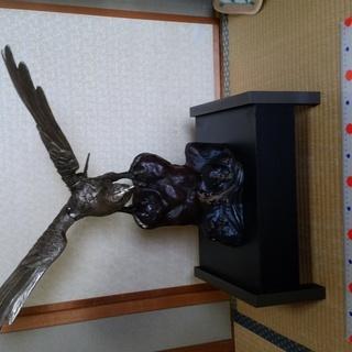 (代理)新 鷹の金属製置物
