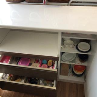 キッチンカウンター(レンジ台&食器棚) 美品です