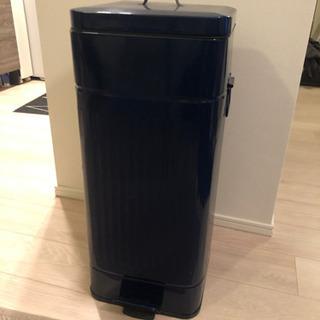 アンティーク風ゴミ箱