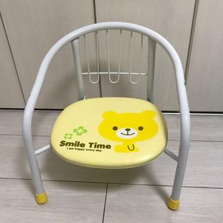 子ども用のイスです。座ると音が鳴りますよ!