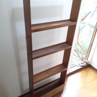 冷蔵庫横隙間家具