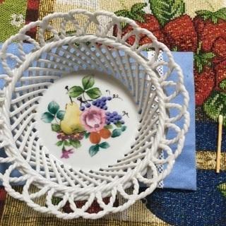 フルーツ柄の飾り皿