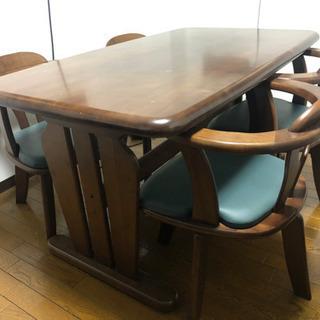ダイニングテーブル・椅子4脚セット