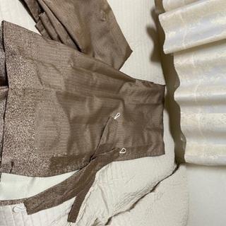 ドレープカーテン、一度だけ使用。丈は1800mm、幅1050mm