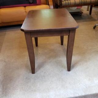 無垢材コーナー・サイドテーブル・飾り台