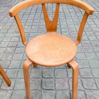 リビング用椅子(KOIZUMI製)