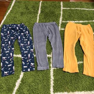 100サイズ 薄めの生地のズボン 1枚100円🍀