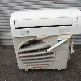 DAIKIN(ダイキン)冷暖房エアコン!2.2KW・格安でお譲ります!