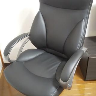 conforamaの社長椅子 レザーチェア