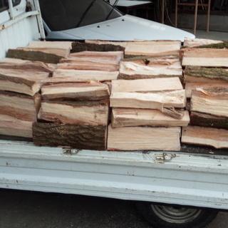 自家用 広葉樹 くぬぎ(クヌギ)薪 お分けします。 割色々 45...