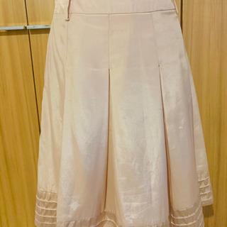 21 膝丈スカート