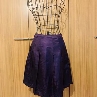 22 サテンスカート