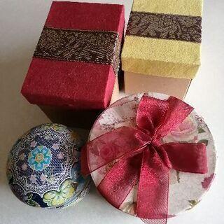 プレゼント用の箱