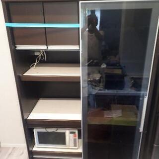 食器棚(電子レンジはつきません)