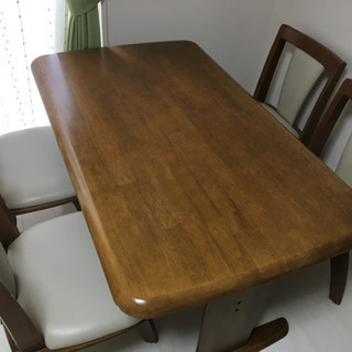 ダイニングテーブルセット(テーブル+回転式イス4脚)