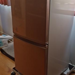 2ドア137Lの冷蔵庫を譲ります!SJ-14W-P [ピンク系]