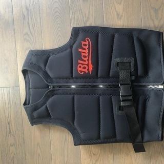 新品未使用のライフジャケット