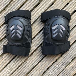 膝用プロテクター