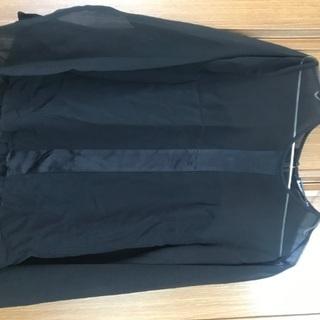 ZARA 黒ブラウス ¥500