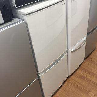 「安心の1年間保証付!【SHARP】2ドア冷蔵庫売ります!」