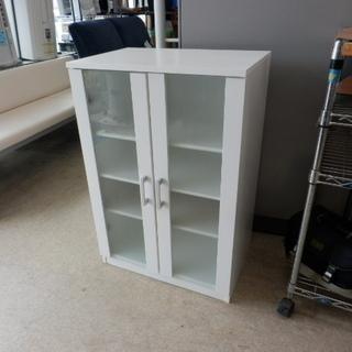 コンパクト食器棚 60×42×89 白 2枚扉 棚板可動 …