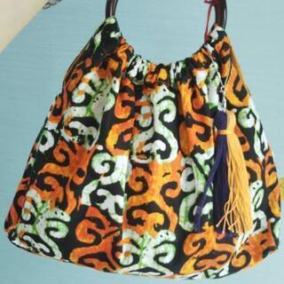 アフリカ布のカラフル夏バッグ入荷!