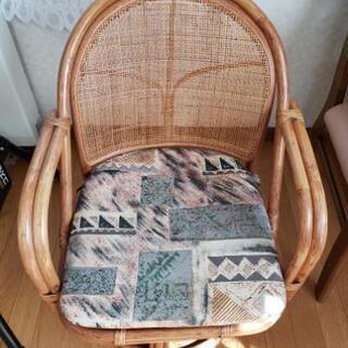 籐(ラタン)回転座椅子