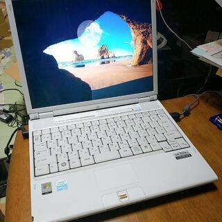 富士通 ノートパソコン Windows10 すぐ使えます 美品!