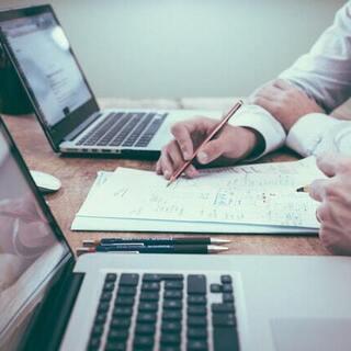 個人や中小企業向けにホームページを格安でお作りします!