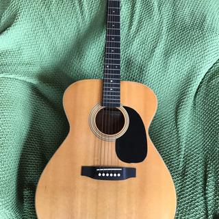 昔、買ったギターです。
