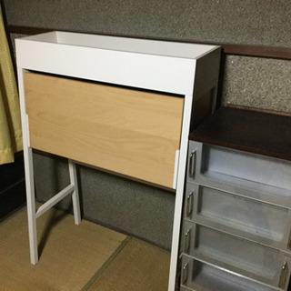 IKEAのフォールディングテーブル