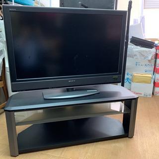 ①液晶テレビ